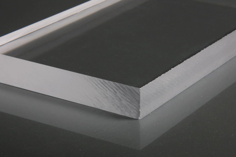 How to drill plexiglass without cracking?
